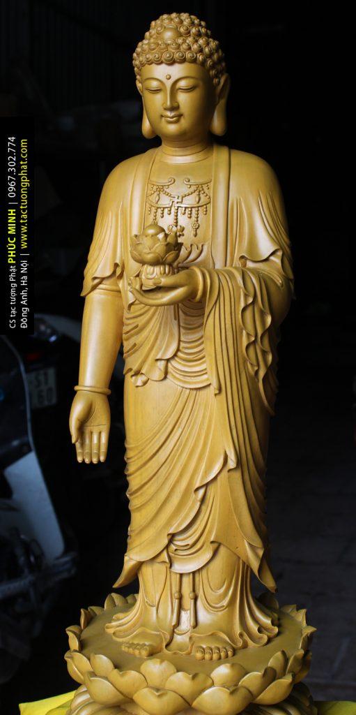 Tượng Phật A Di Đà đứng tiếp dẫn