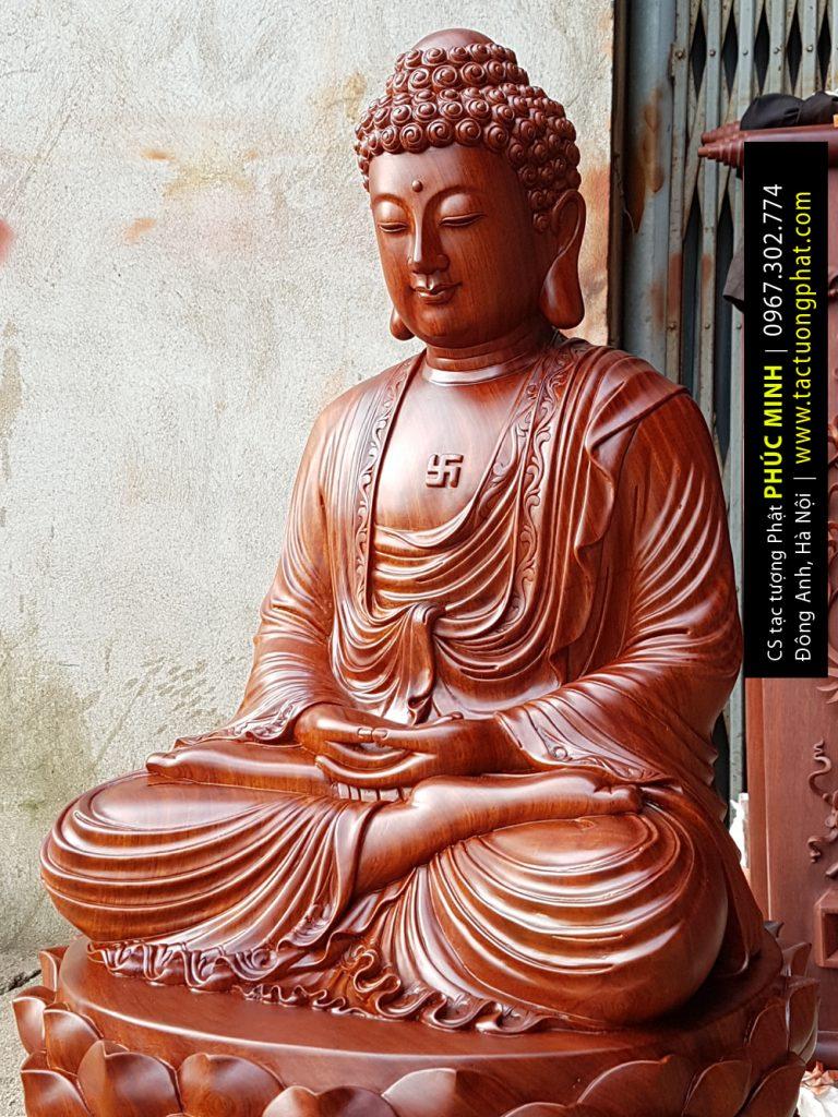 Tôn tượng Phật Thích Ca cao 81cm. gỗ Hương ta